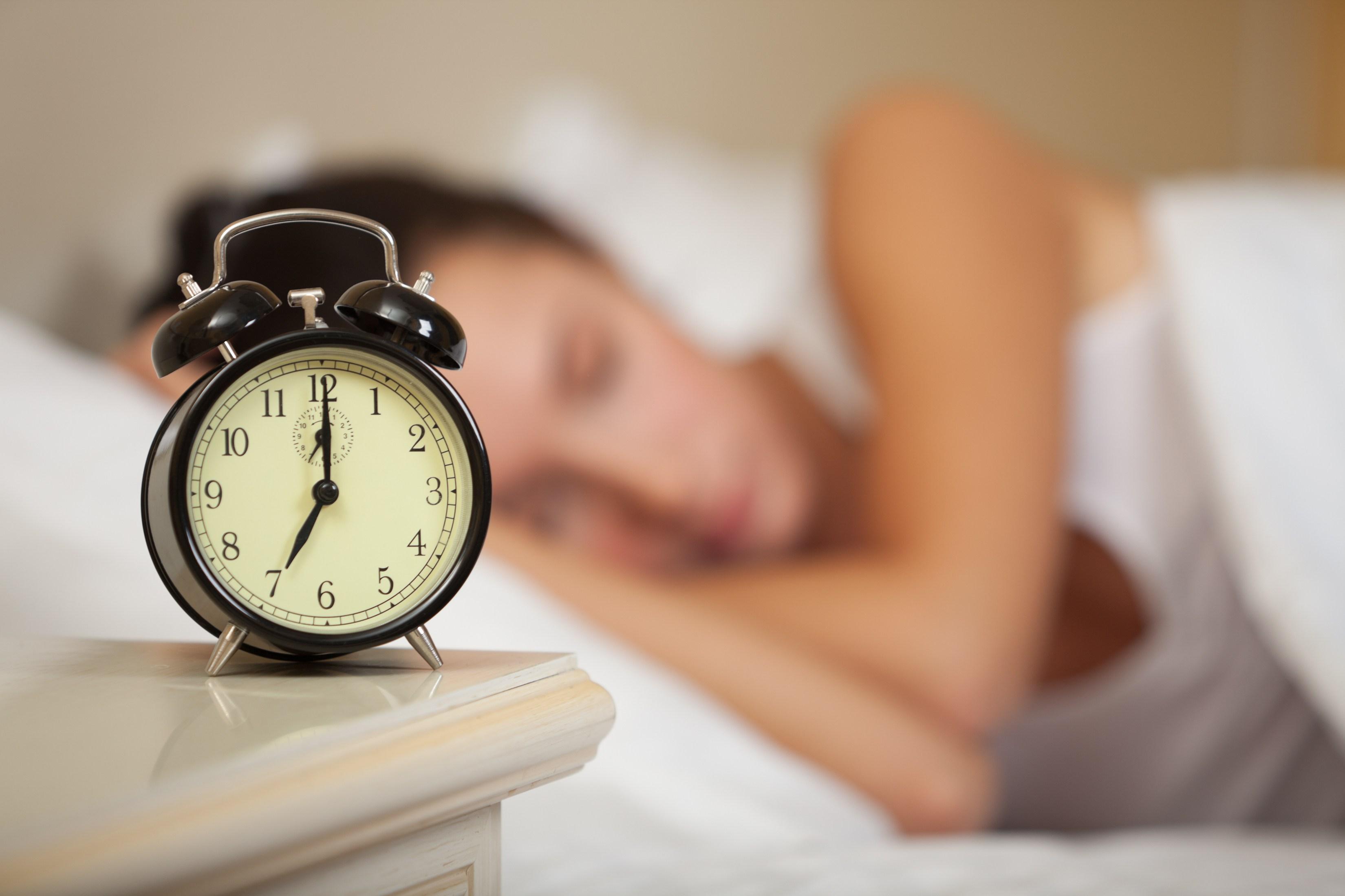 Ilutrasi mengatur waktu tidur