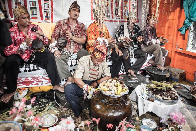 Ritual Balian Ba Ampar-Ampar
