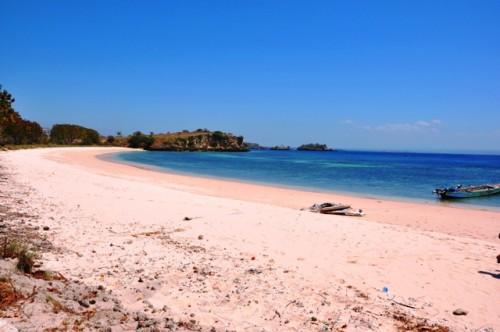 Pantai Tangisi