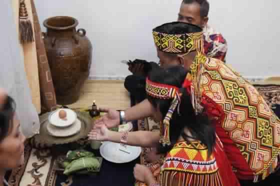 Ritual beras kuning