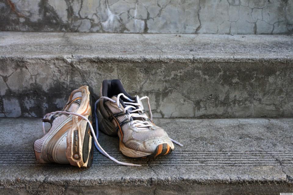 Sepatu Bau? Coba Atasi Dengan Kopi