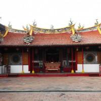 Berburu Sejarah di Vihara Dewi Welas Asih