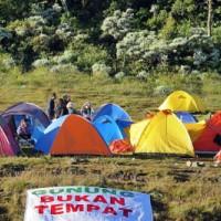 Trashbag Community: Gunung Bukan Tempat Sampah
