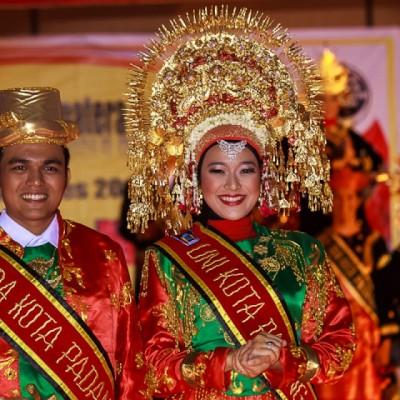 Inilah 3 Fakta Tentang Nasib Bahasa Ibu di Indonesia!